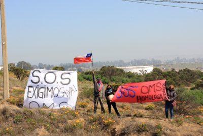 Vecinos de Quintero realizan nueva protesta por levantar la alerta amarilla