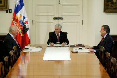 Sebastián Piñera se reúne con ex presidentes Frei y Lagos por fallo de La Haya