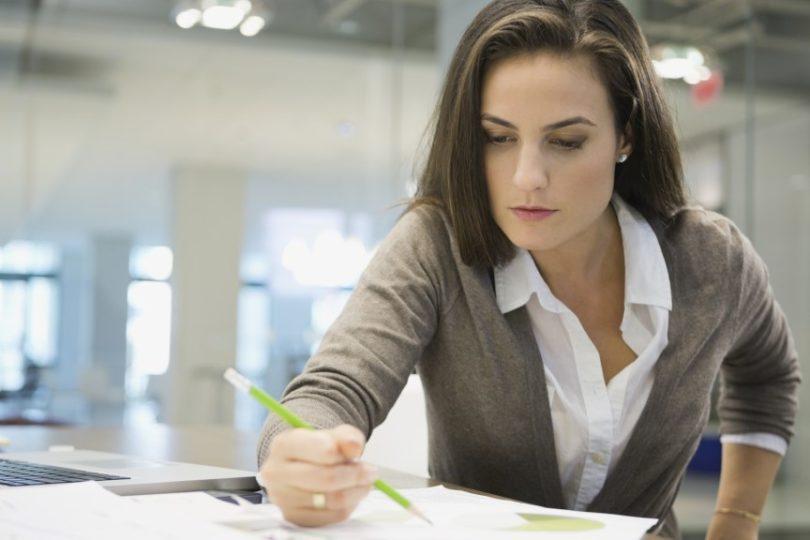 Desigualdad Laboral Mujeres Europeas Trabajan En Promedio