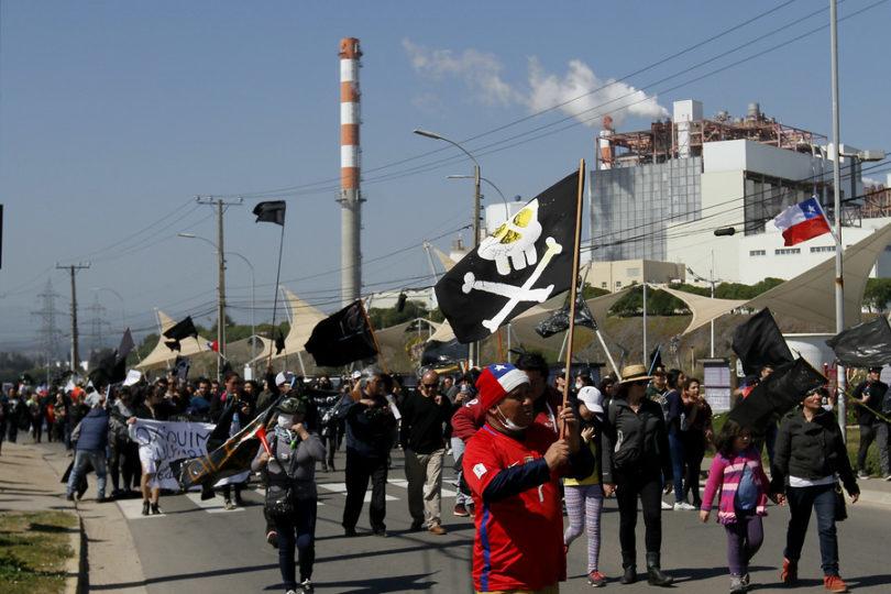 Quintero sale nuevamente a las calles por contaminación en la zona