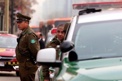 Barristas de la U detienen a delincuentes que asaltaban a gendarme