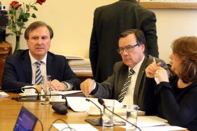 Diputados UDI piden incluir a Cuba, Nicaragua, Venezuela y Corea del Norte en proyecto de Carmen Hertz sobre Memoria y DD.HH.
