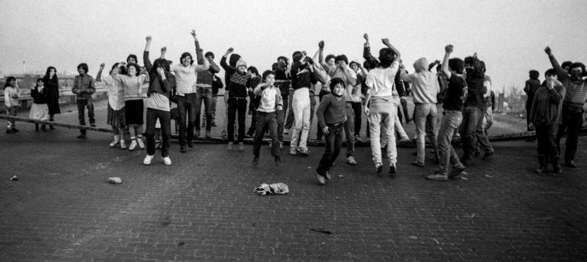 Los actores olvidados: el rol de las movilizaciones sociales en el triunfo del No