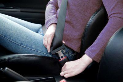 ¿Cómo prevenir accidentes automovilísticos en la carretera?