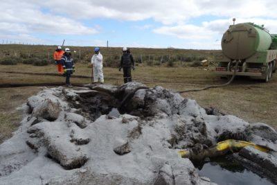 """Greenpeace y Tierra del Fuego: """"Es el derrame más grande ocurrido en Chile en 20 años"""""""