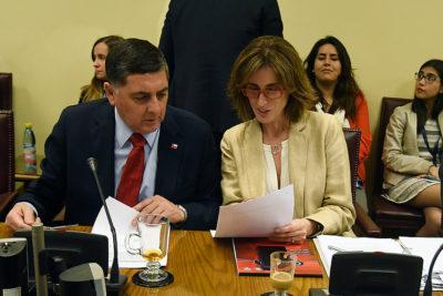 Aula Segura: oposición repone expulsión para casos más graves