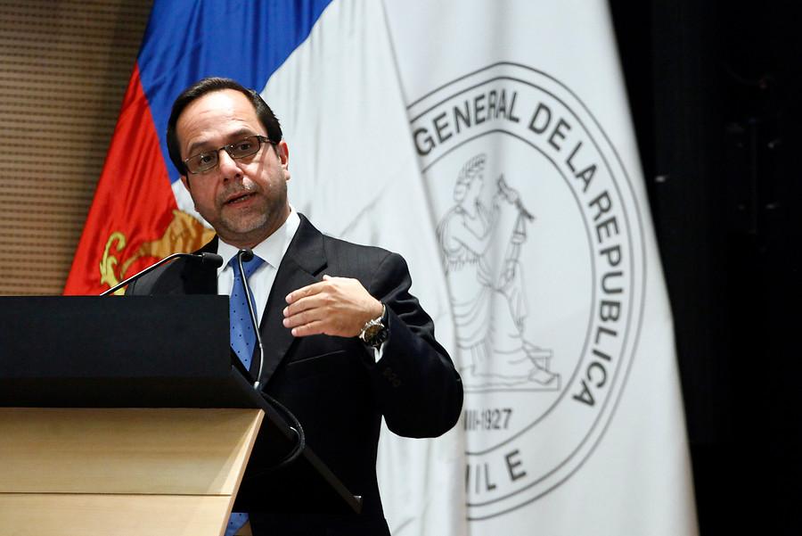 Fiscalía incauta mails de Ramiro Mendoza en búsqueda de sumario de Contraloría que pudo evitar Pacogate