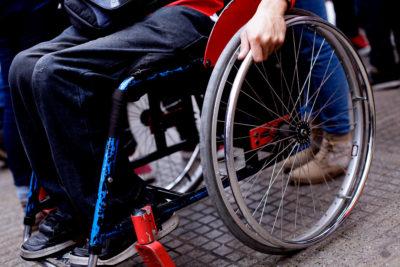 """Gobierno exhorta a las empresas a """"favorecer"""" a personas con discapacidad"""