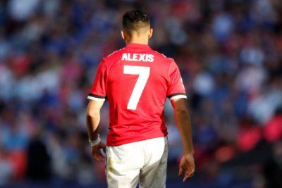 VIDEO |Todos hacen fila para burlarse de Alexis Sánchez: hinchas del Arsenal basurean al tocopillano