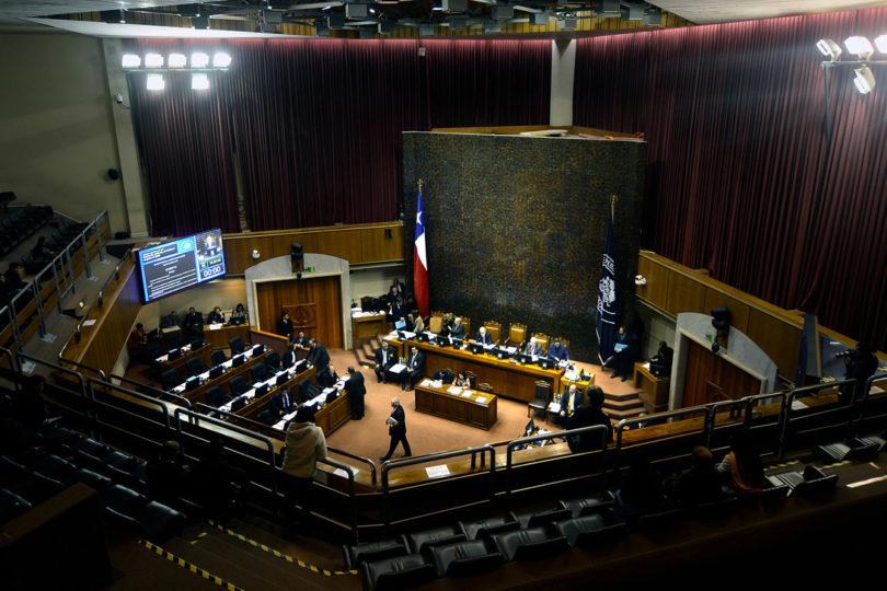 ¿Si el plebiscito fuera hoy?: 8 senadores votarían por el Sí y 27 por el No