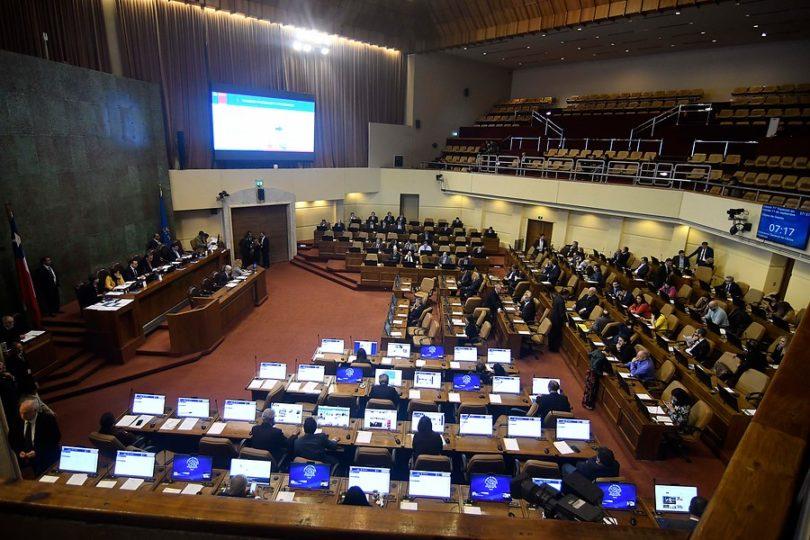 Chile Actual; políticas de la interdicción. Fusiones, travestismos y mixturas