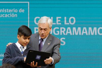 """Presidente Piñera anunció el lanzamiento de """"La Hora del Código"""""""