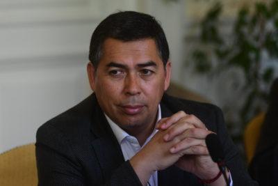 """""""Le debe una explicación al país"""": recado del diputado Soto al ex contralor Mendoza por fraude en Carabineros"""