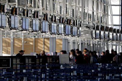 MOP estima peak de 75 mil pasajeros entre el miércoles y jueves en aeropuerto