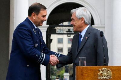 Hijo de Arturo Merino Benítez es nuevo comandante en jefe de la FACH