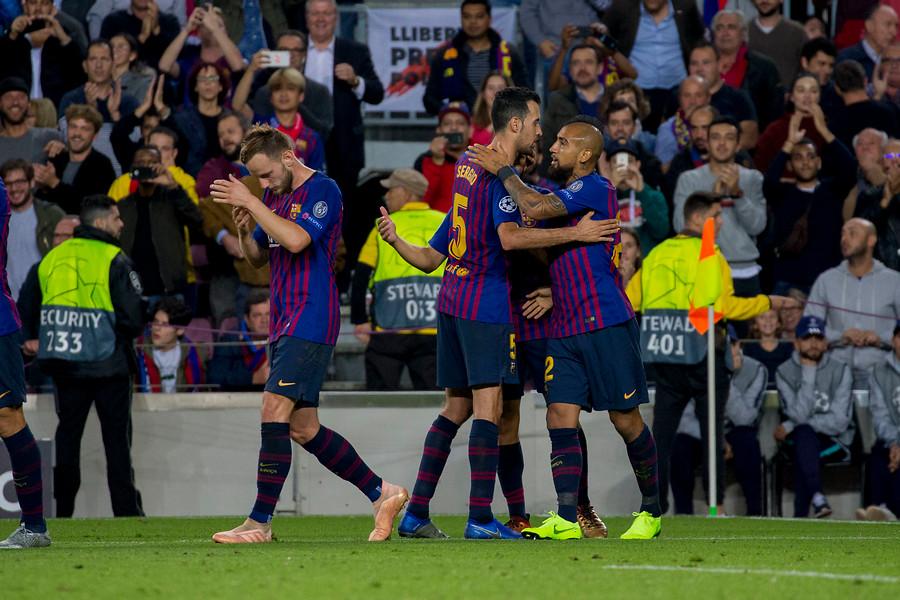 """""""Vuelve a la carga con los emojis"""": Sport destaca el troleo de Arturo Vidal al Real Madrid en sus redes sociales"""