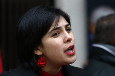 """Cariola """"repudia agresión del INBA"""" pero con dura dedicatoria al gobierno: le respondieron de todo en Twitter"""