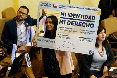 Ley de Identidad de Género: Movilh valora nuevo proyecto para incluir a menores de 14