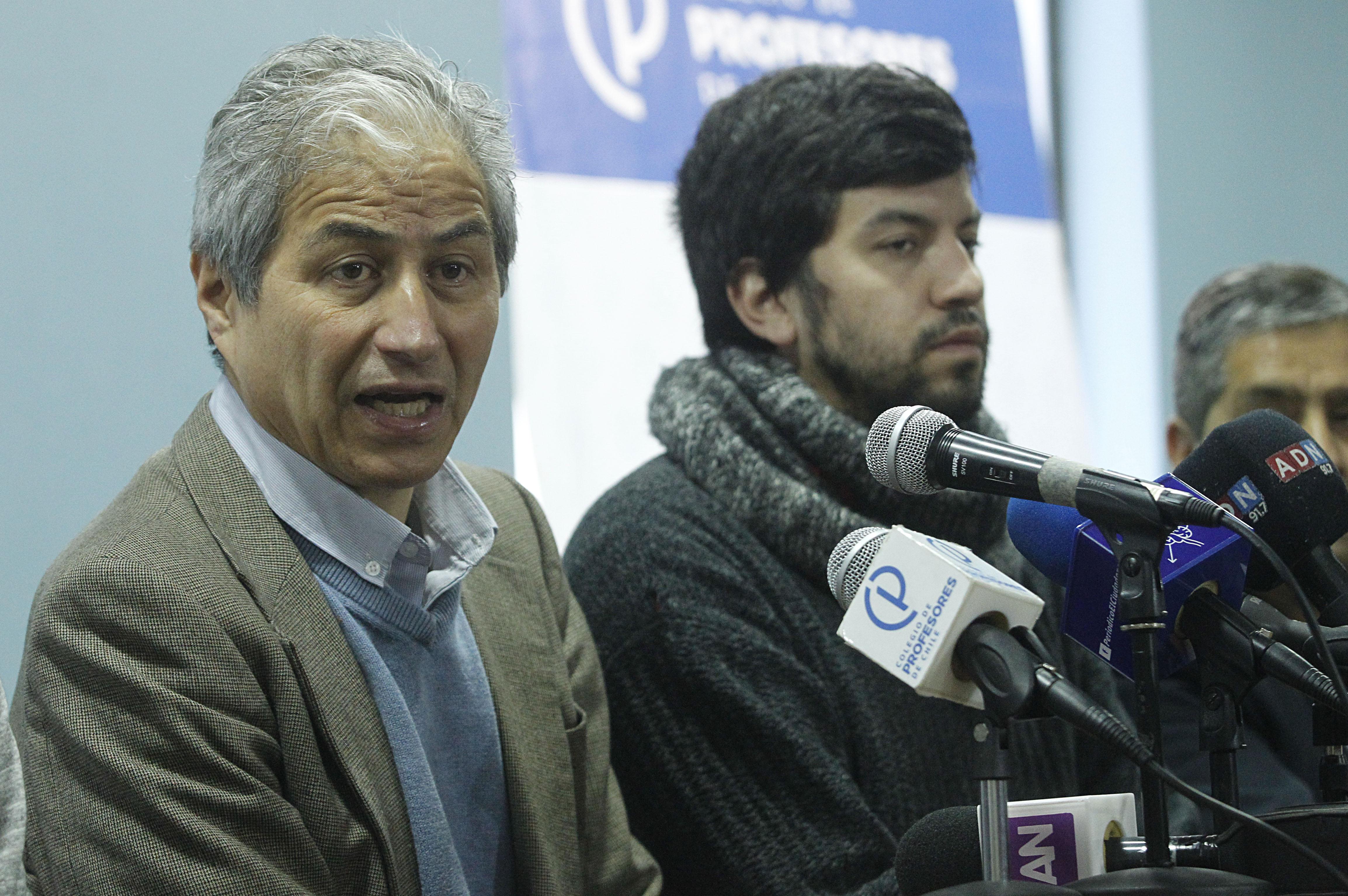 """""""Colegio de Profesores confirma paro de 48 horas y Confech entrega apoyo"""""""