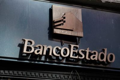 Diputados RN piden a BancoEstado eximir a parte de los clientes de cobros en CuentaRut