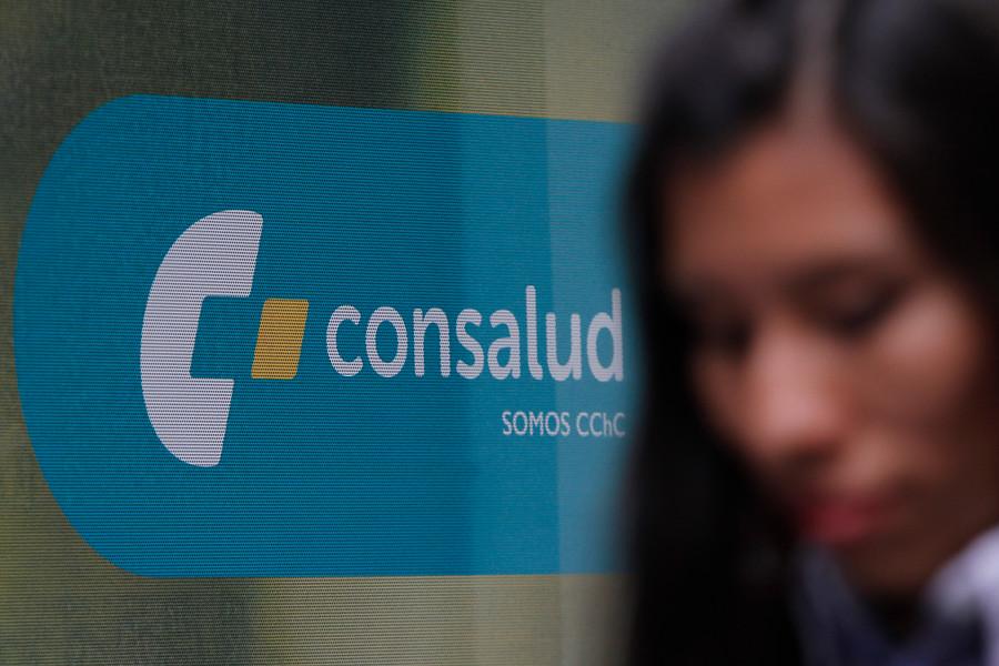 """Corte Suprema ordenó a Isapre Consalud a afiliar a madre e hija rechazadas por tener patología"""