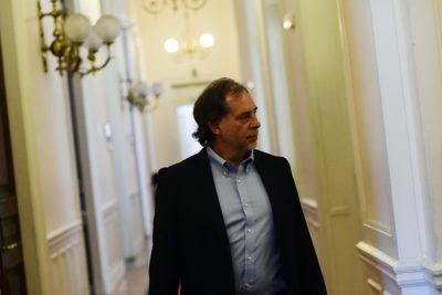 Senadores denunciarán a responsables por el derrame de petróleo en Magallanes