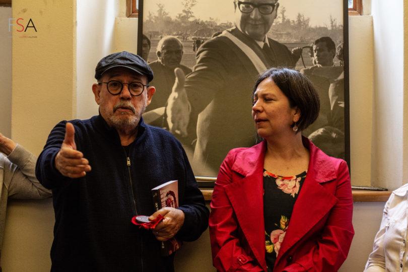 """Silvio Rodríguez recibe medalla Salvador Allende por """"entregarle cultura al pueblo"""""""