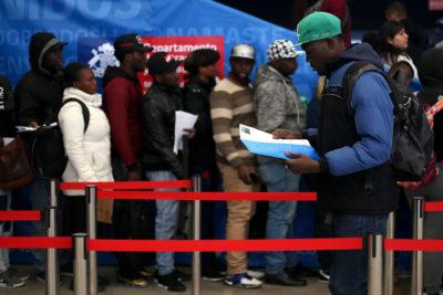 Más del 70% de los inscritos en regularización extraordinaria obtuvo su visa