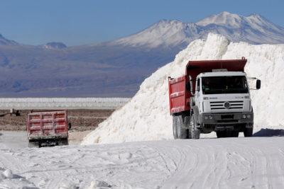 Producción de litio en Chile debería casi duplicarse al año 2021