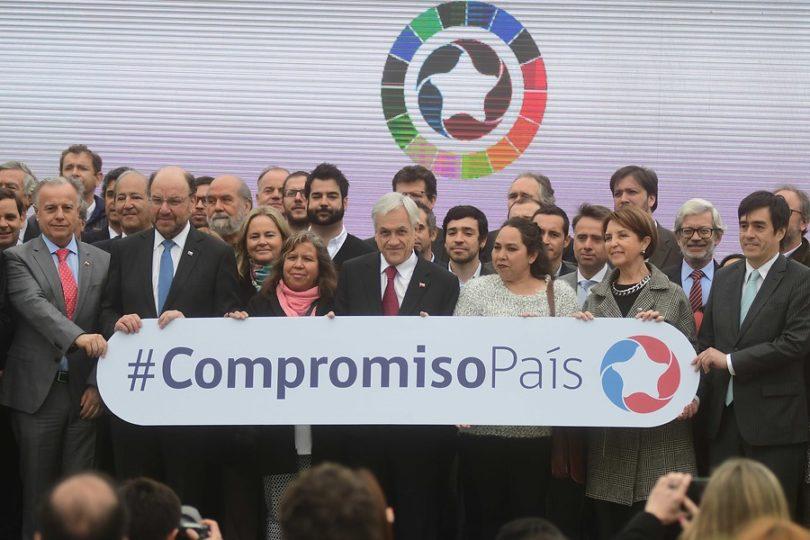 """""""Compromiso País"""": el programa de Piñera contra la pobreza con aportes del sector público y privado"""