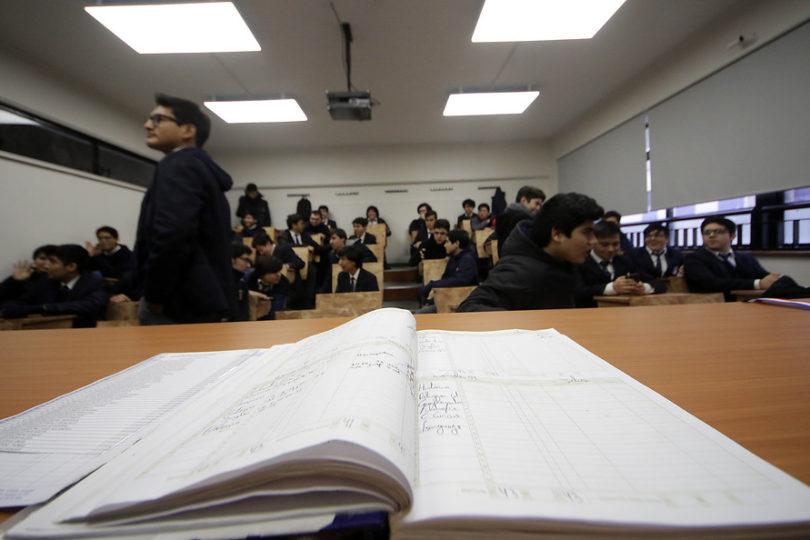 Gobierno abre postulaciones al programa de Liceos Bicentenarios de Excelencia