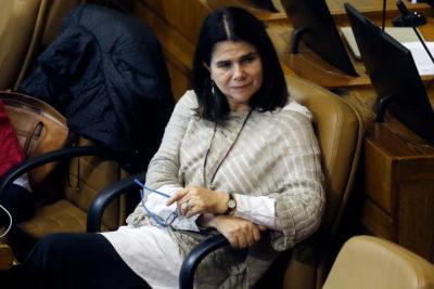 Diputada Ximena Ossandón entrega su hijo a la policía tras golpear a otro joven