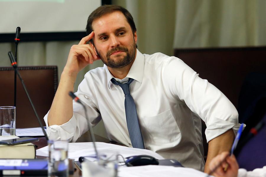 Bellolio desmiente gestiones de Van Rysselberghe para retenerlo en la UDI: