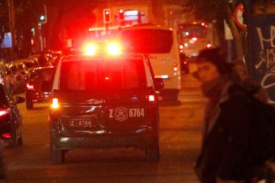 El cuestionamiento de Contraloría a la Municipalidad de Santiago por viralizar foto de detenido a Twitter