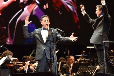 Más de 9 mil espectadores: tenor Juan Diego Flórez arrasa en el Movistar Arena