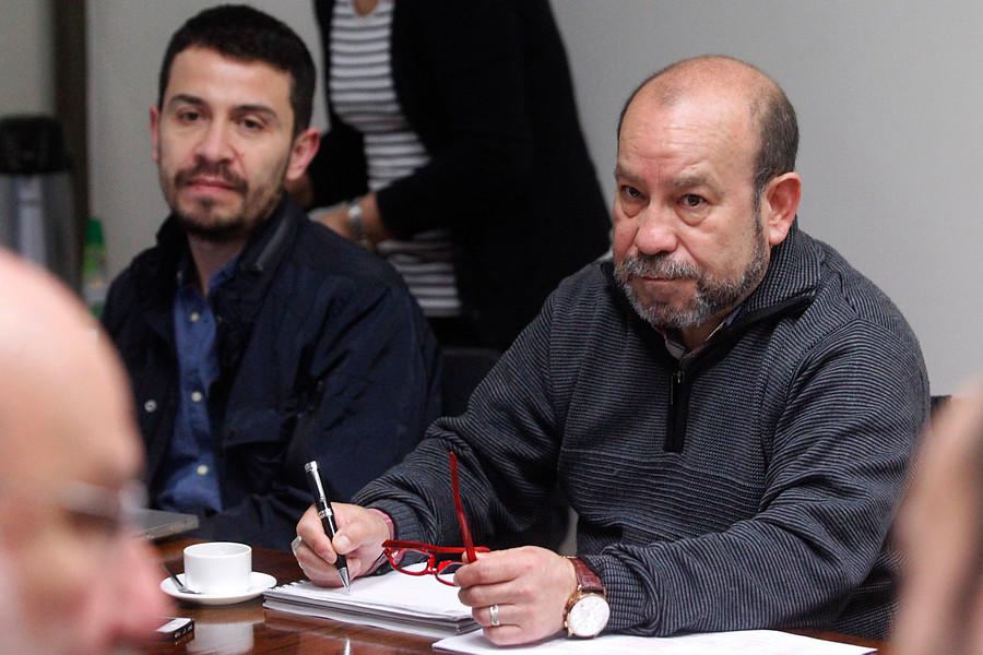 Movilh acusa al Gobierno de justificar incumplimiento por matrimonio igualitario
