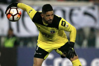 Malos resultados de Colo Colo trabarían renovación de Orión