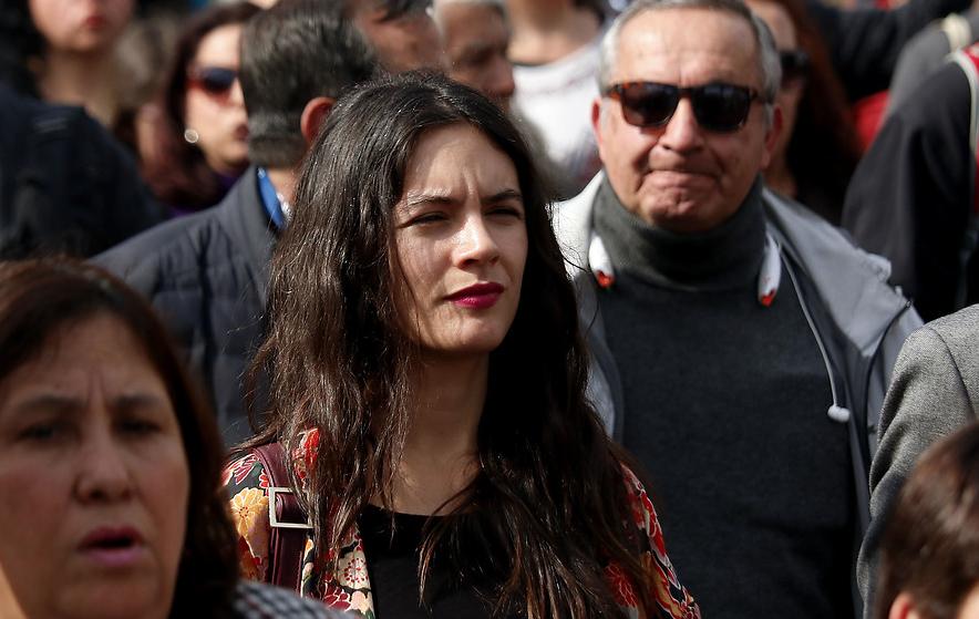 Camila Vallejo estalla contra Piñera y Espina por homenaje a Krassnoff