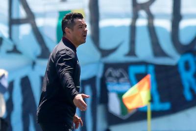 Este jueves analizarán la continuidad de Héctor Tapia en Colo Colo