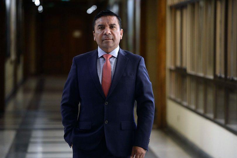"""Diputado Velásquez se defiende por tratar de """"mijita"""" a parlamentaria: """"No tuvo la inteligencia de decirme las cosas de frente"""""""