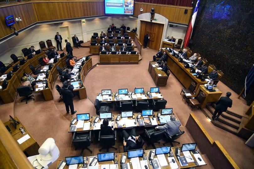 """Senado concluye que el Gobierno debe crear una """"empresa nacional del litio"""""""