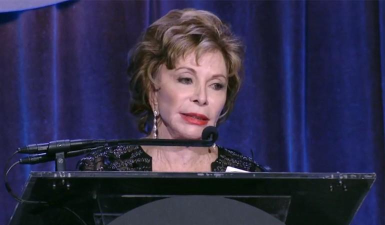 Isabel Allende recibe premio a la trayectoria en Estados Unidos