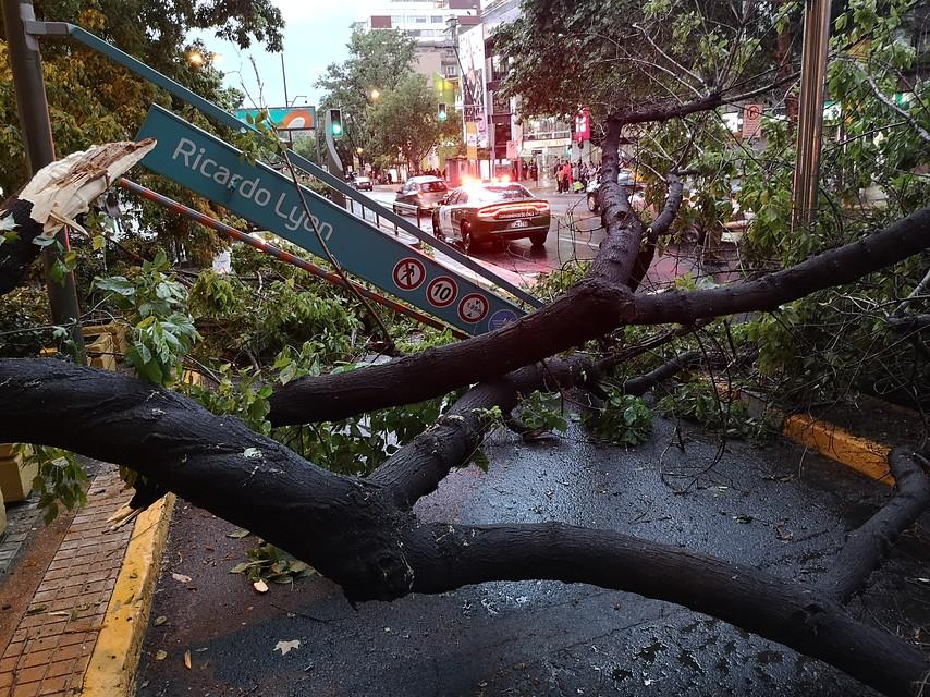 """""""Onemi decreta alerta preventiva en 6 regiones por tormentas eléctricas"""""""