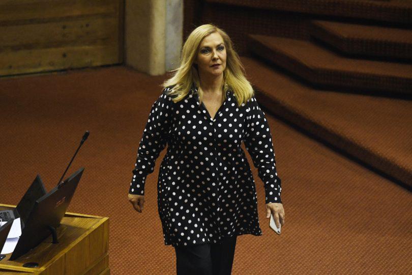 """Pamela Jiles tras renuncia de Mayol: """"Esperamos ahora la renuncia del ministro del Interior"""""""