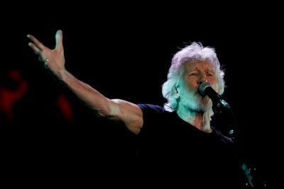 VIDEO |El homenaje de Roger Waters a Víctor Jara en el Estadio Nacional