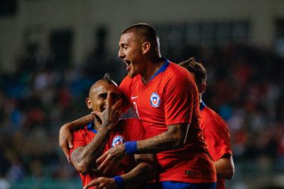 Chile cierra el 2018 con revitalizadora goleada ante Honduras en Temuco