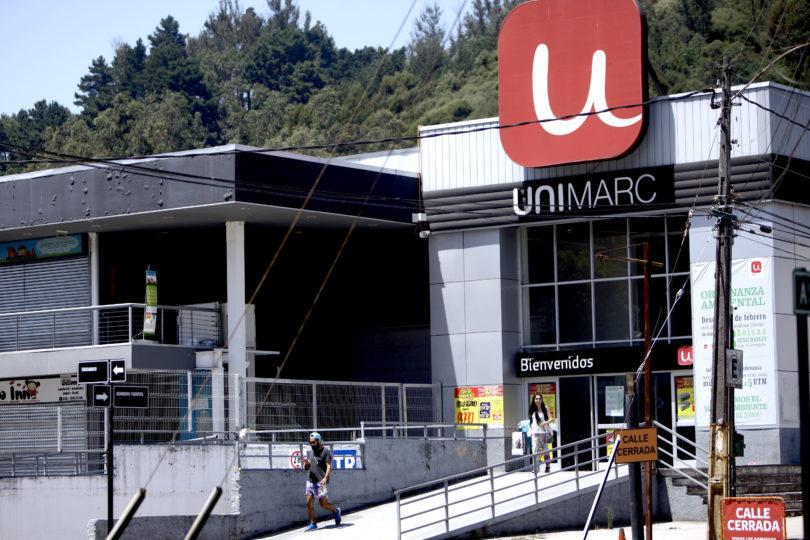 VIDEO | Unimarc sale a dar explicaciones en Twitter por humillación a adulto mayor pero todo salió mal: ola de críticas