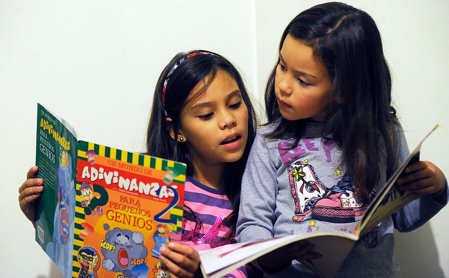 Cerca de 160 mil niños no saben leer bien en 2° básico