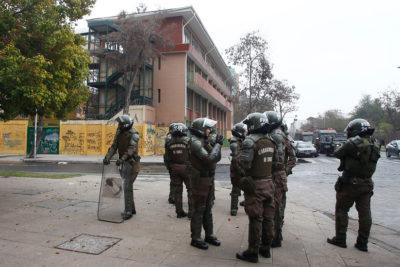 Juez denuncia a FF.EE. de Carabineros por detención ilegal de estudiante del Liceo Darío Salas