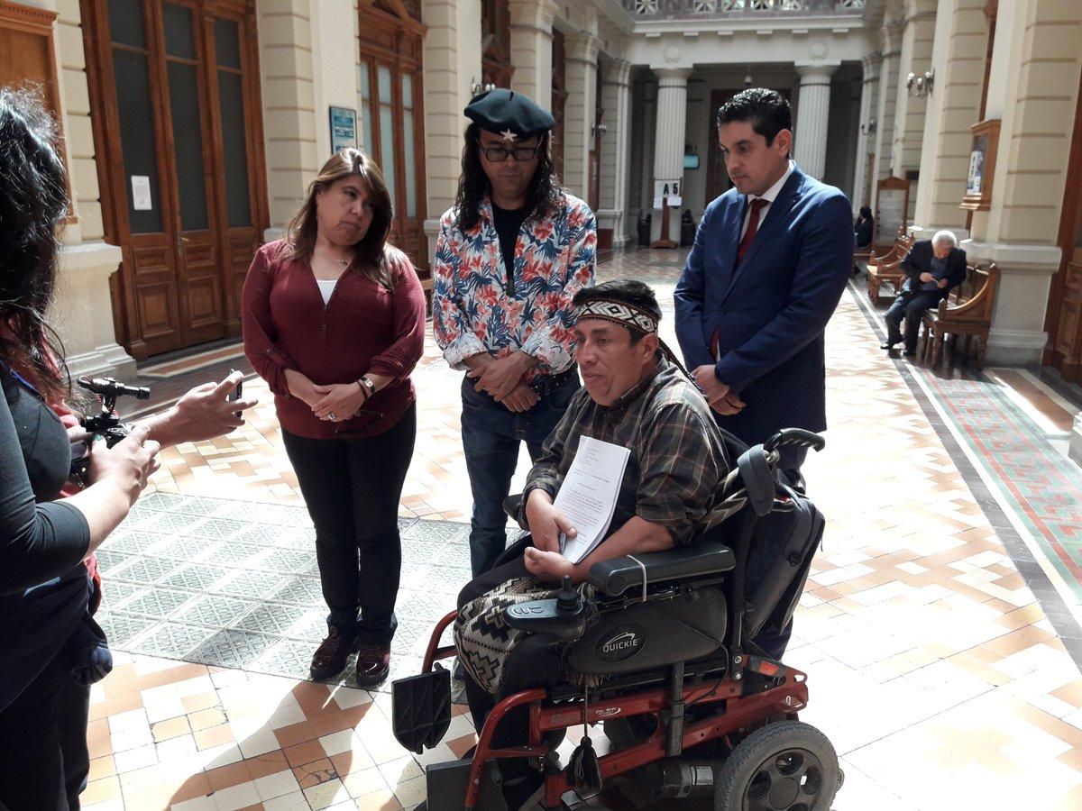 """""""Presentan Recurso de Protección en contra de ministro Santelices por recorte en presupuesto de VIH/SIDA 2019"""""""